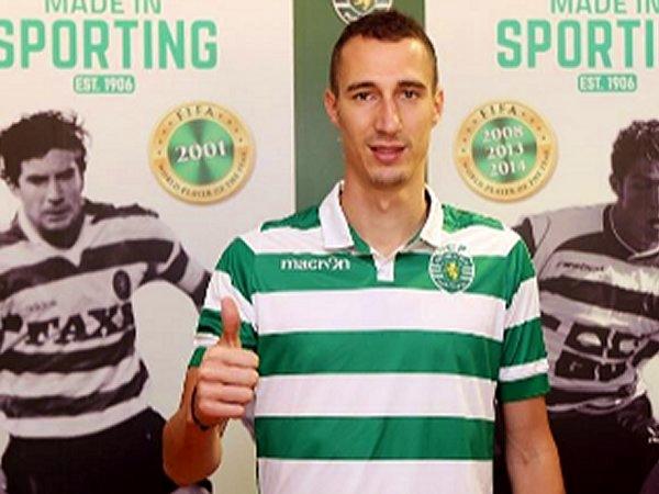 Sporting: Jorge Jesus convoca Petrovic para a visita ao V. Guimarães