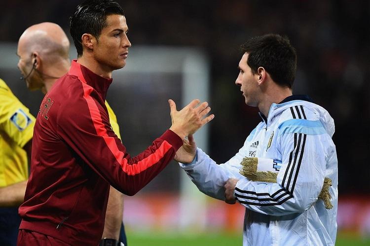 Ronaldo garante que rivalidade com Messi faz deles melhores jogadores
